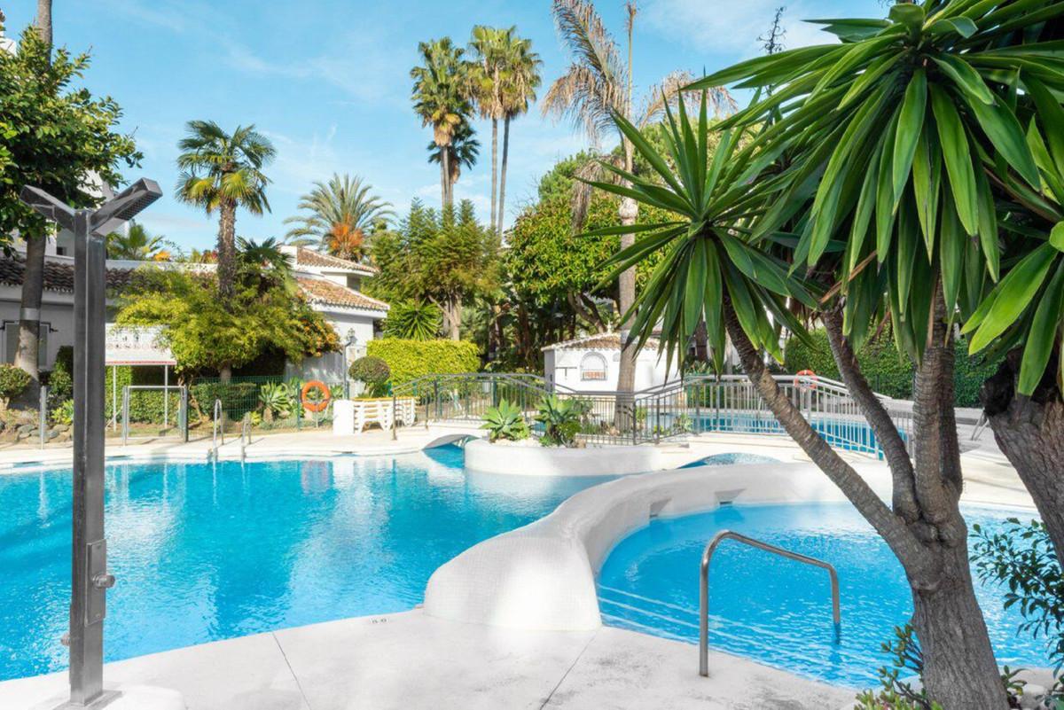 Ground Floor Apartment, Las Chapas, Costa del Sol. 3 Bedrooms, 4 Bathrooms, Built 319 m², Terrace 12,Spain