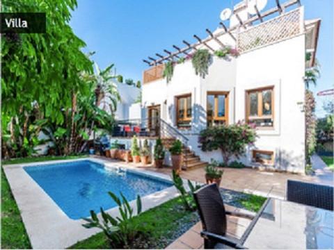 Detached Villa, San Pedro de Alcantara, Costa del Sol. 5 Bedrooms, 4 Bathrooms, Built 375 m², Terrac,Spain
