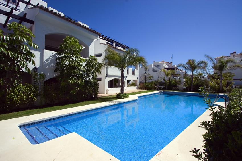 Penthouse, San Pedro de Alcantara, Costa del Sol. 2 Bedrooms, 2 Bathrooms, Built 117 m², Terrace 128,Spain