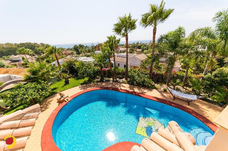 Detached Villa for sale in Carib Playa R3807043