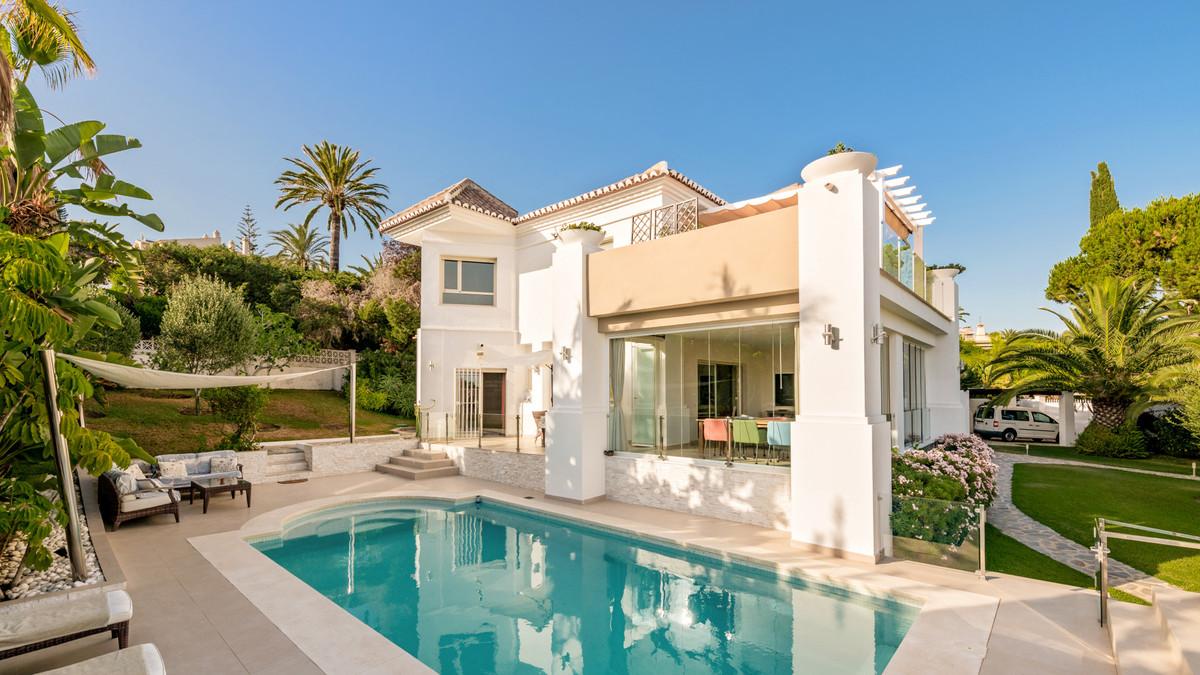 Villa Individuelle à Marbesa, Costa del Sol