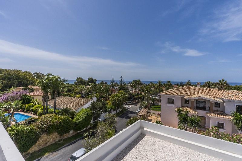 Villa 7 Dormitorios en Venta Carib Playa