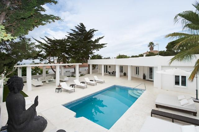 Villa For sale In Marbesa - Space Marbella