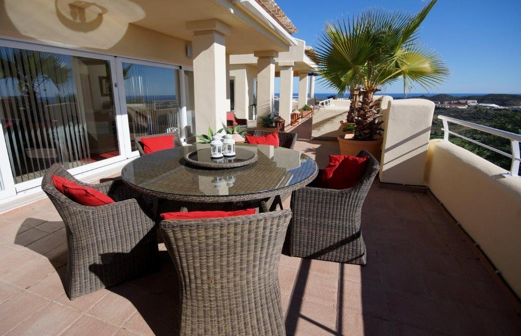This beautiful penthouse is located on a  complex surrounded by a nine hole golf course which is cur,Spain