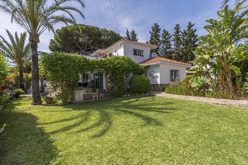 Villa en vente à Marbesa R3432310