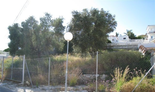 FANTASTIC PLOT IN EL COTO, IN A VERY GOOD AREA. THE PLOT IS SURROUNDED BY OTHER QUALITY VILLAS. SOUT,Spain