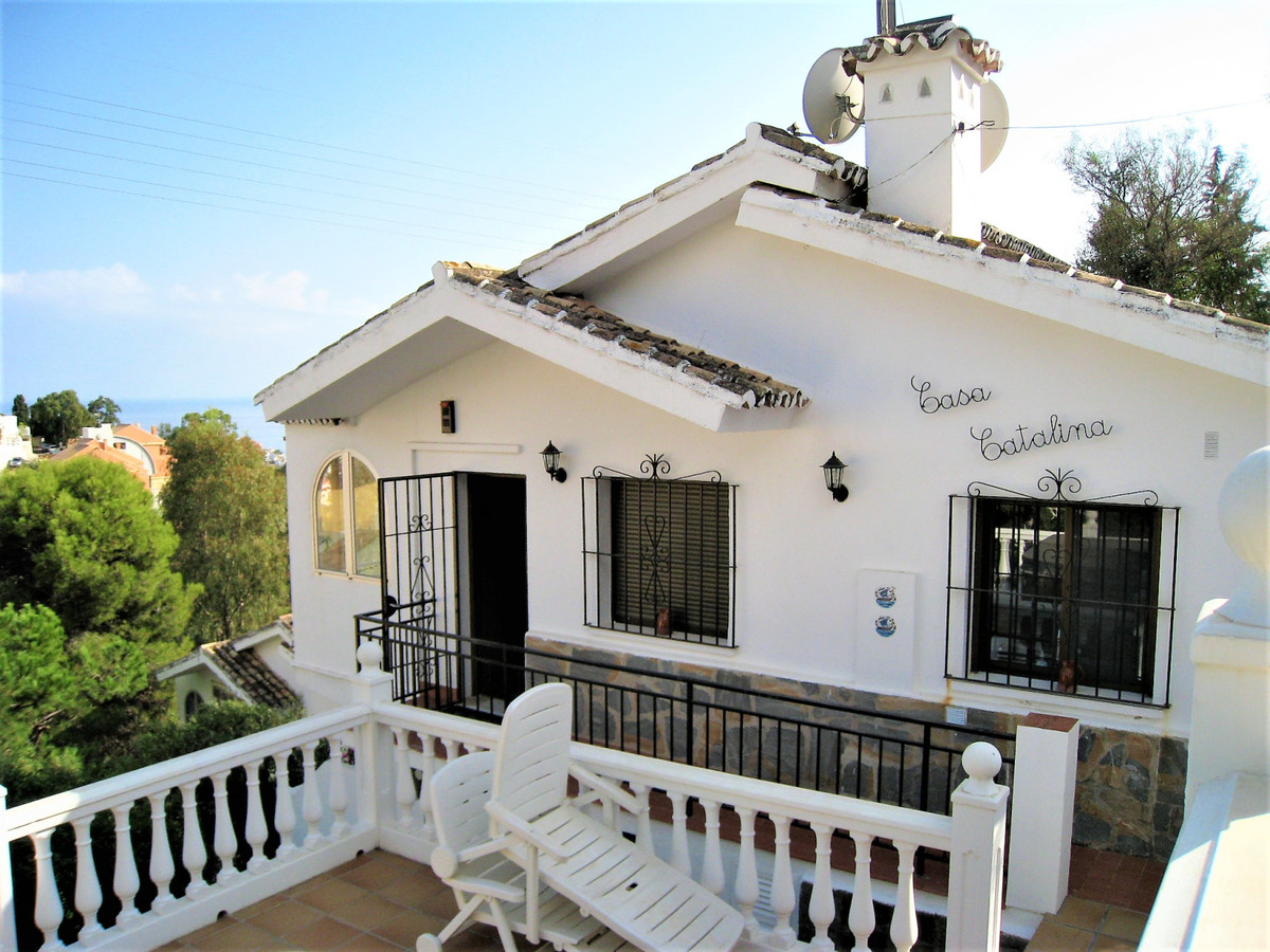 Beautiful villa on one floor with 2 bedrooms and a bathroom, equipped kitchen, large terraces, outdo,Spain