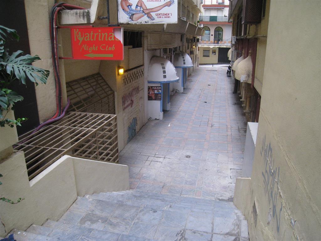 Comercial Oficina 0 Dormitorio(s) en Venta Fuengirola