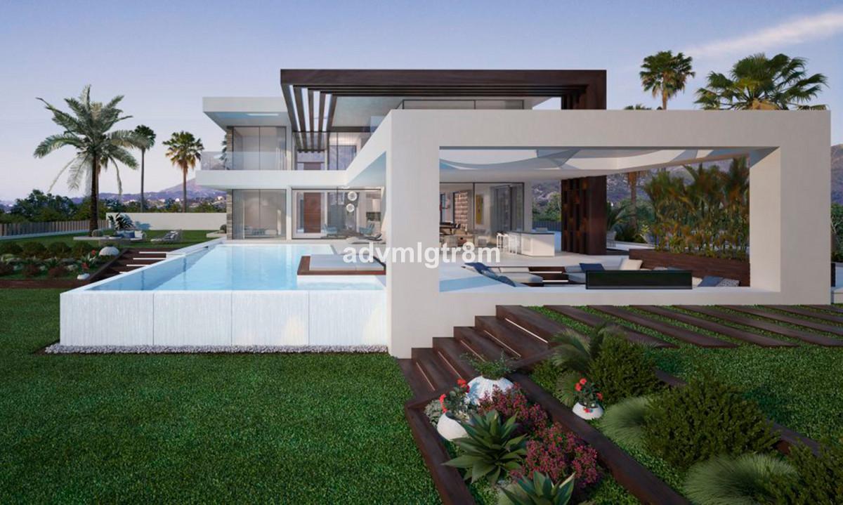 Villa con 4 Dormitorios en Venta Cancelada