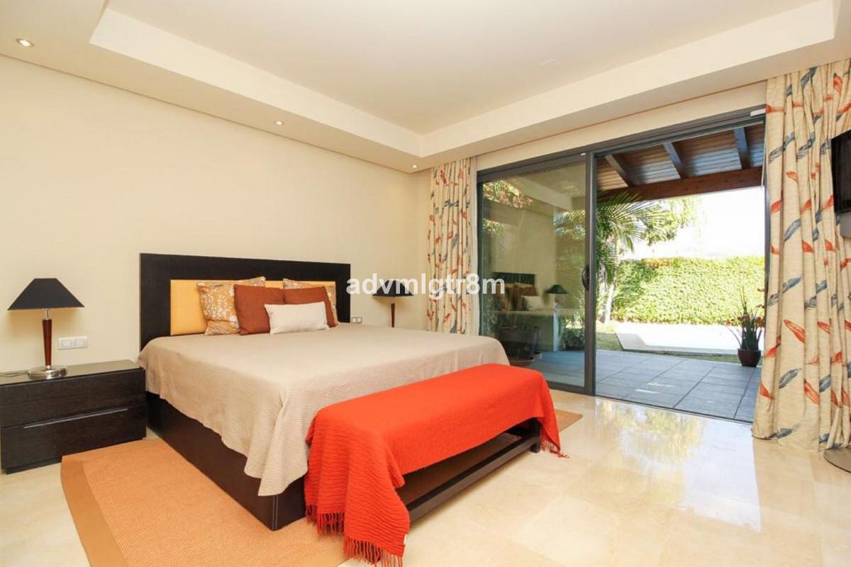 House en Sierra Blanca R3517561 10