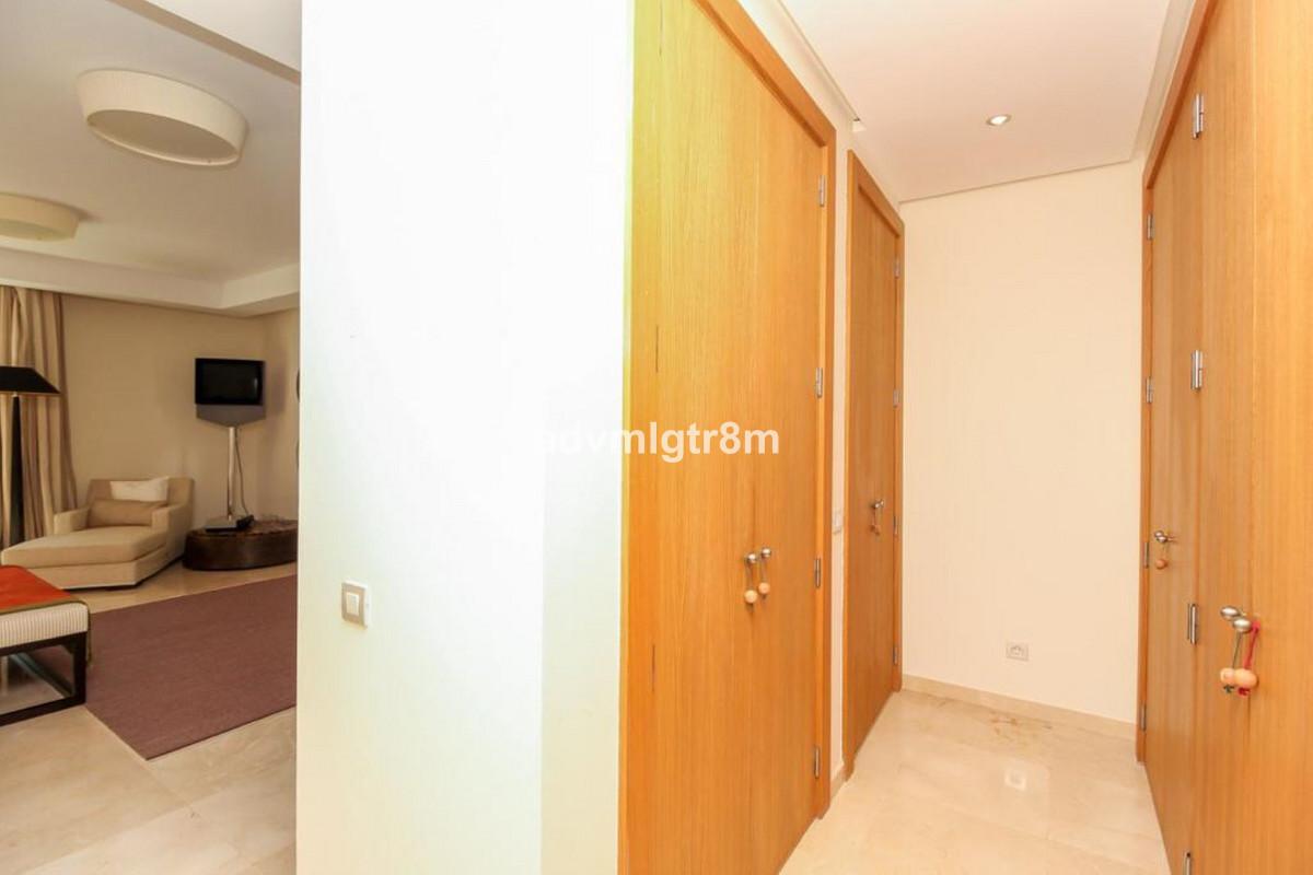House en Sierra Blanca R3517561 19