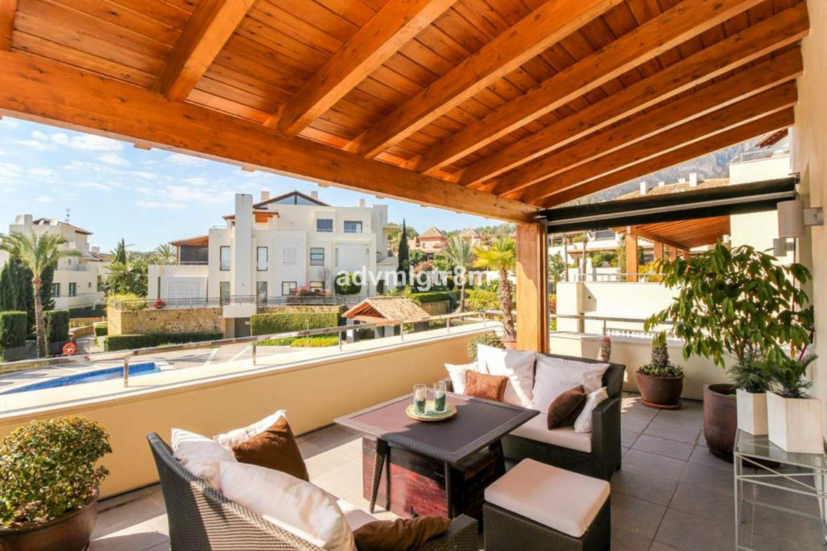 House en Sierra Blanca R3517561 2