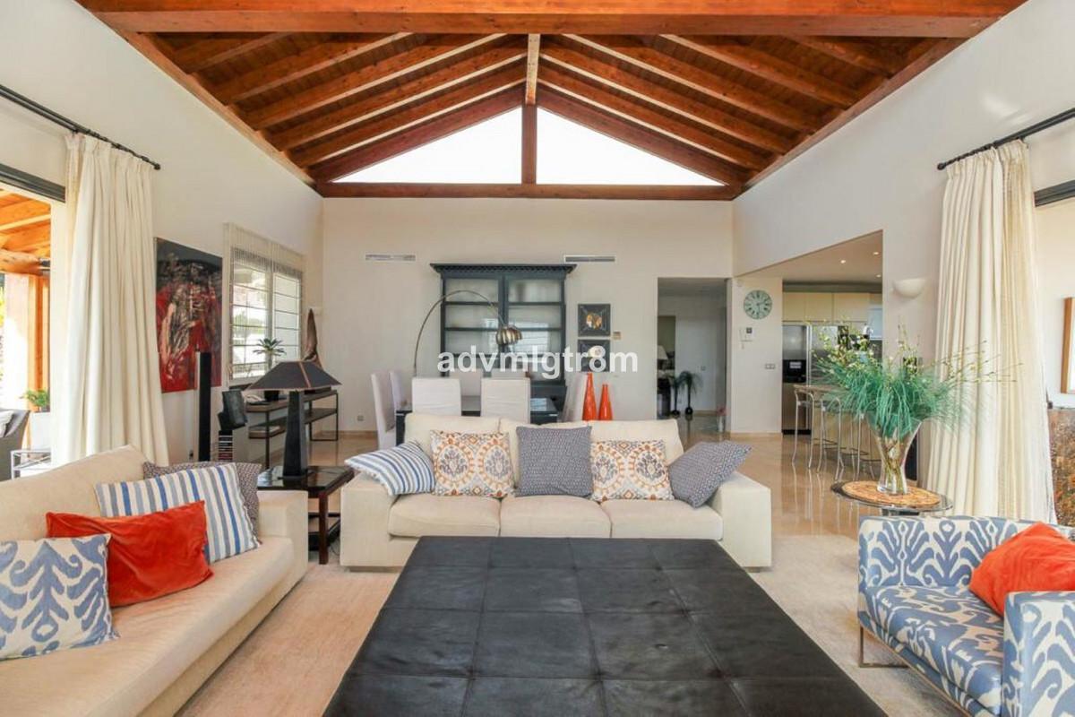 House en Sierra Blanca R3517561 3
