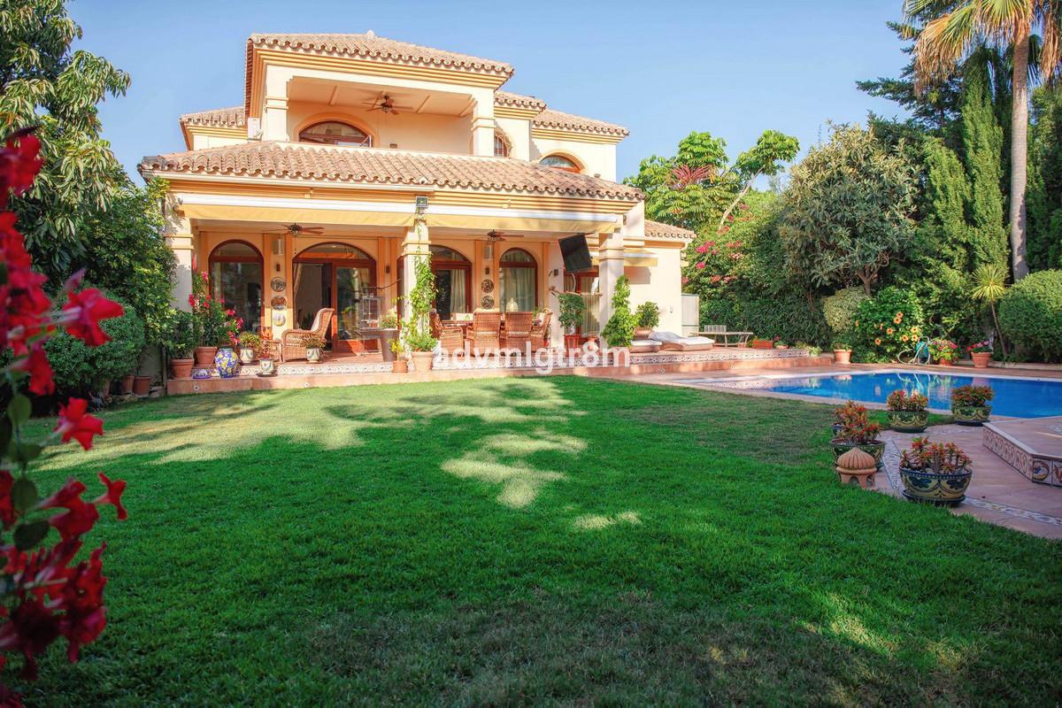 Fristående villa i Cortijo Blanco R3214867
