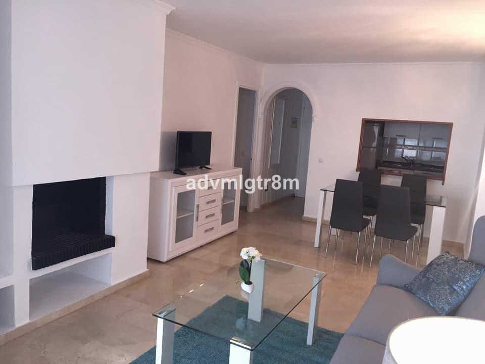 Middle Floor Apartment, Estepona, Costa del Sol. Estepona PORT 2 Bedrooms, 2 Bathrooms, Built 85 m2;,Spain