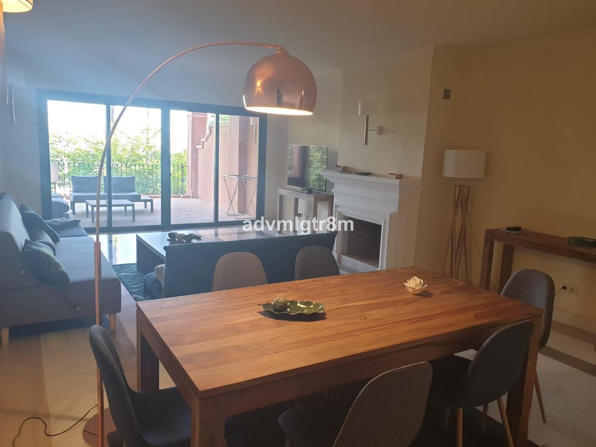 Mitte Stock Wohnung in Monte Halcones R3477322