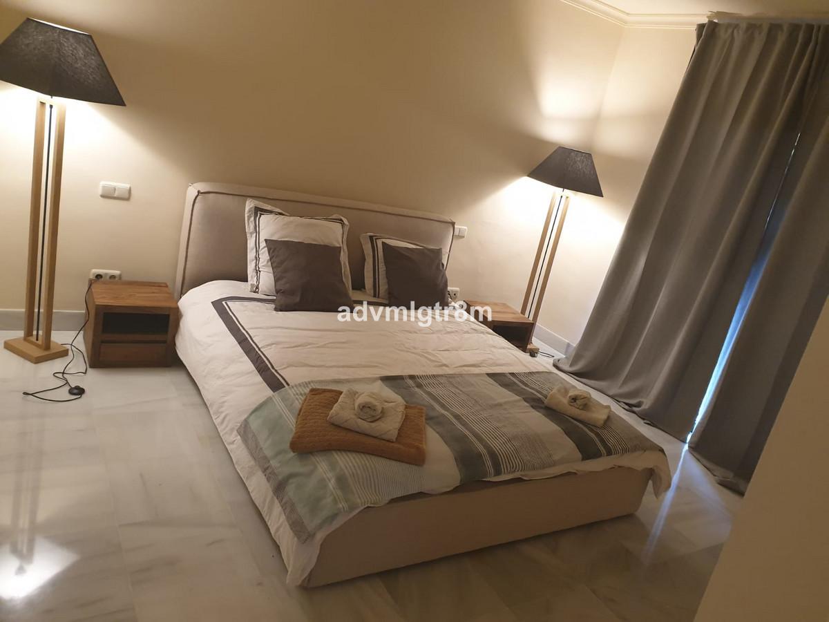 Apartamento con 2 Dormitorios en Venta Monte Halcones
