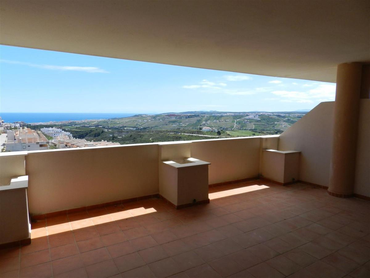 3 Bedroom Ground Floor Apartment For Sale Casares, Costa del Sol - HP2660696