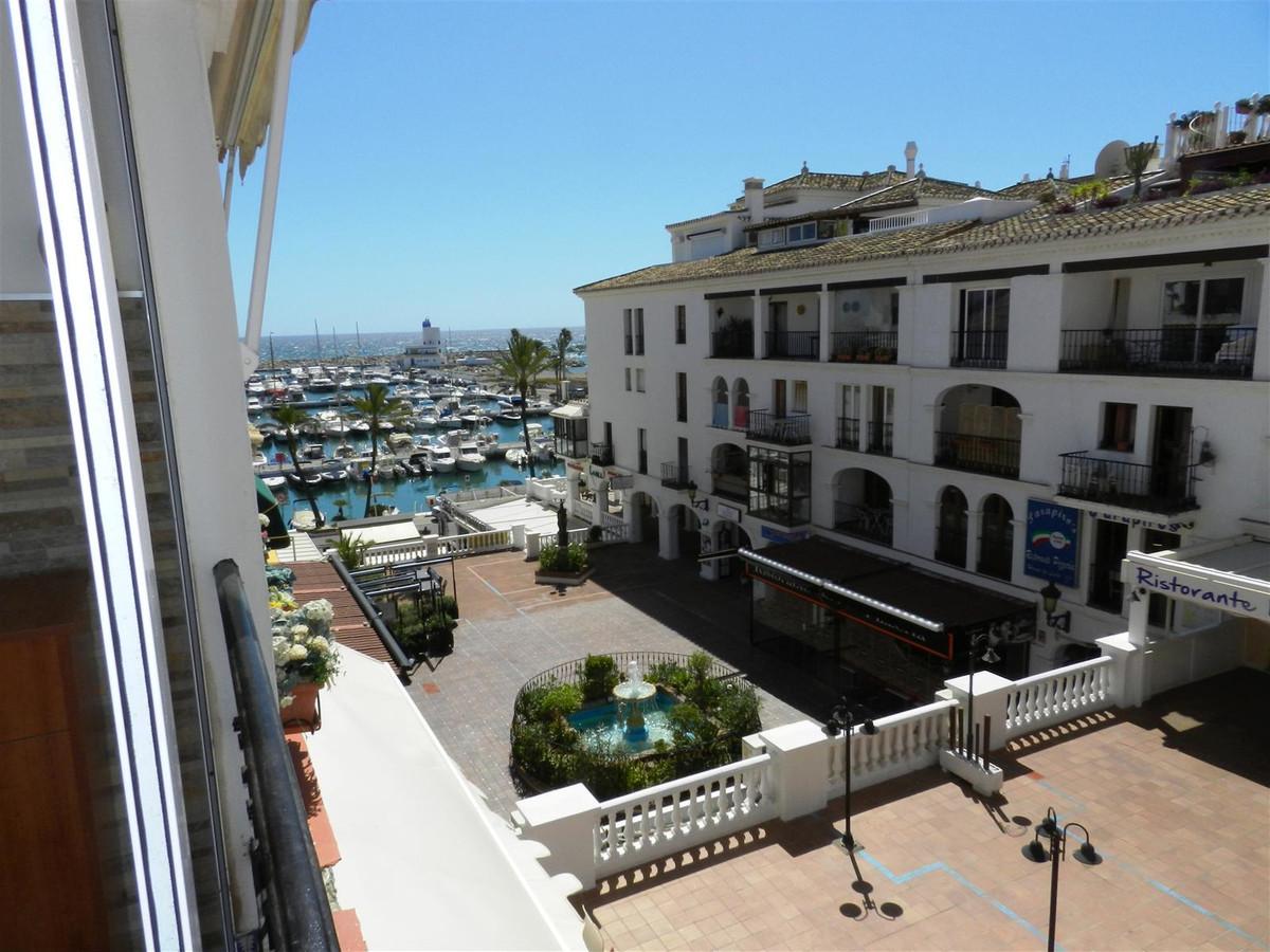 R2611499: Apartment for sale in La Duquesa