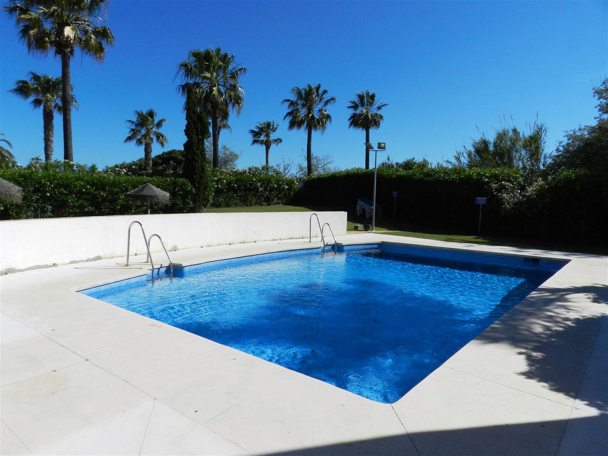 It is one of the most prestigious urbanizations on the Costa del Sol. An exceptional high-standing s,Spain