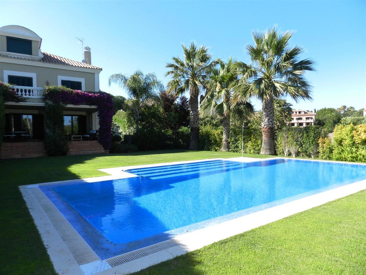 Villa  Pareada en venta   en Sotogrande Alto