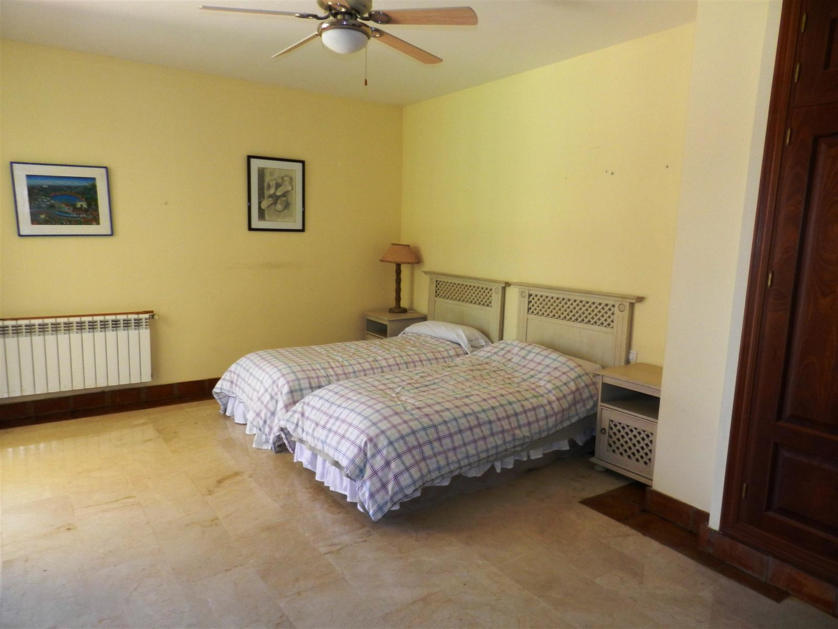 Villa con 5 Dormitorios en Venta Sotogrande Alto