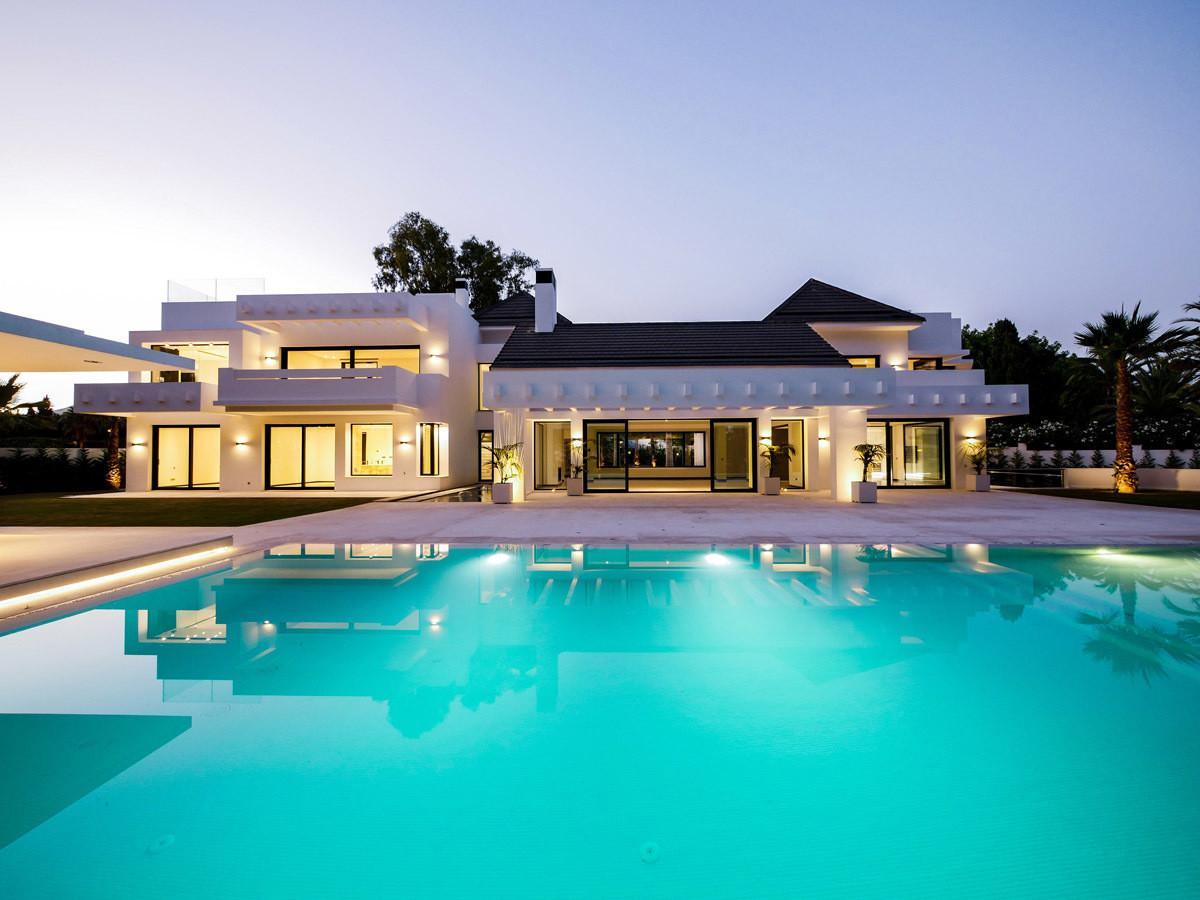 Stunning contemporary villa in Guadalmina Baja San Pedro Alcantara Marbella We present this incredib,Spain