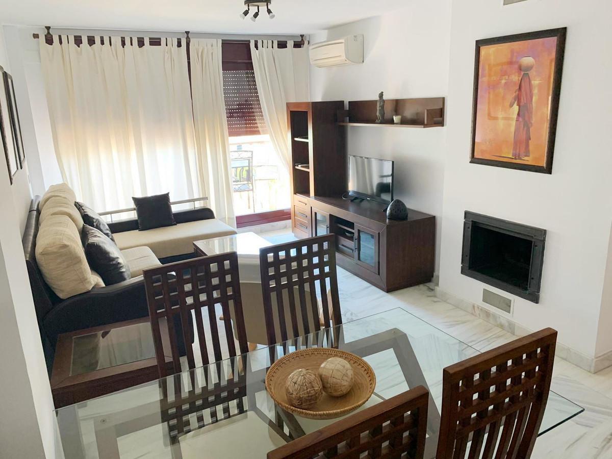 1 Bedroom Middle Floor Apartment For Sale Benahavís