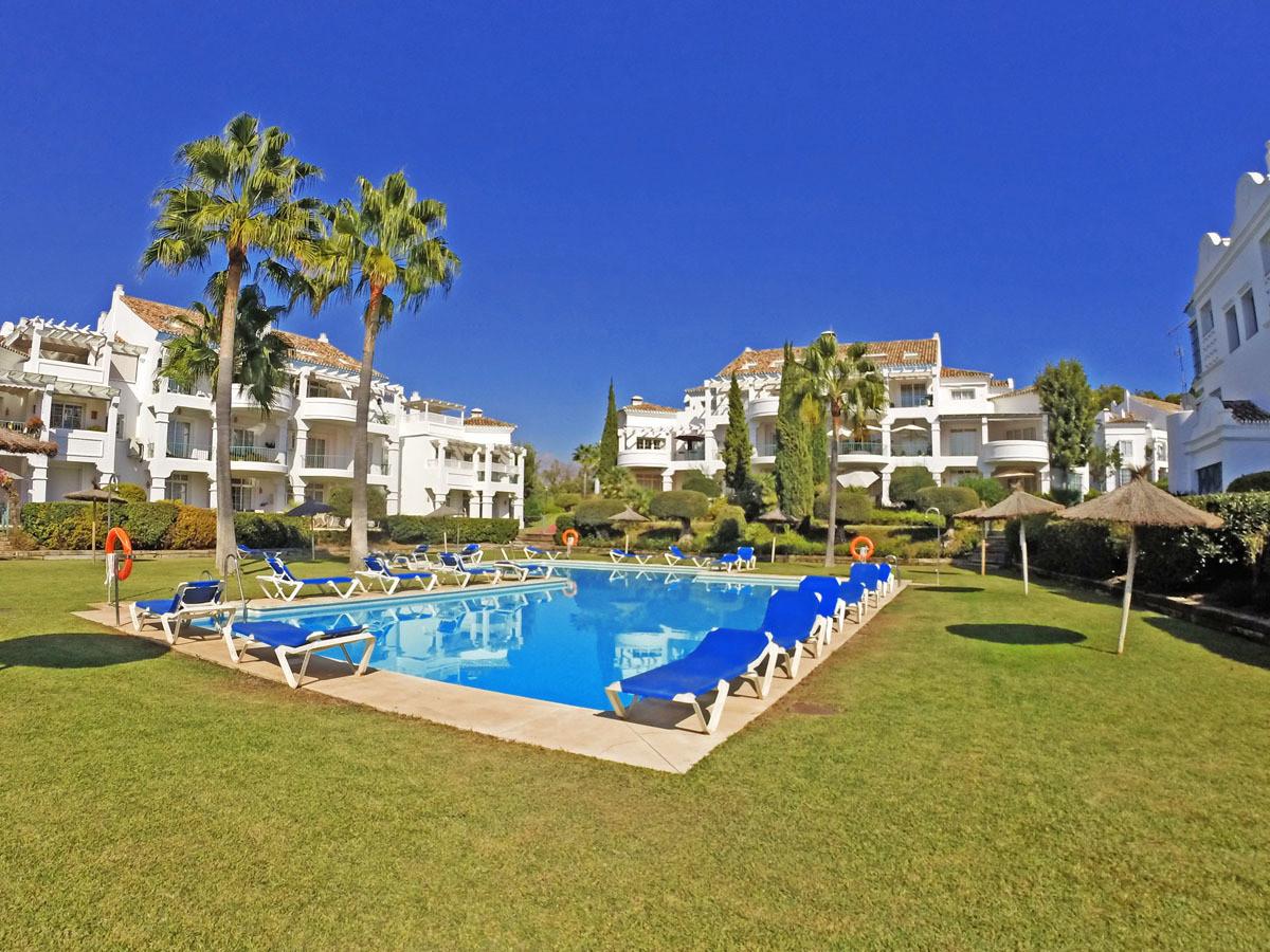 Townhouse, Guadalmina Alta, Costa del Sol. 3 Bedrooms, 3 Bathrooms, Built 142 m², Terrace 40 m², Gar,Spain