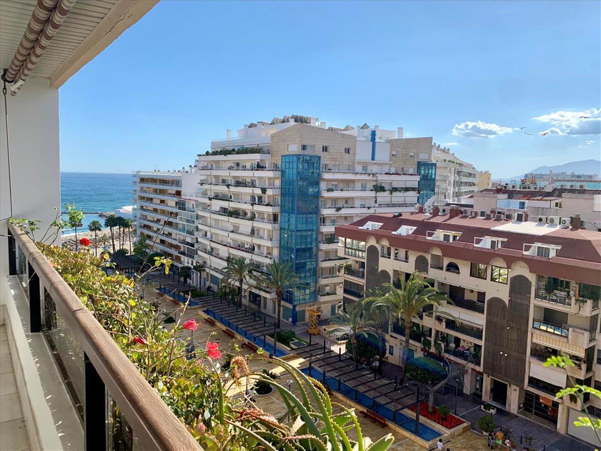 Impressive apartment in the exclusive Avenida del Mar in the center of Marbella, property located a ,Spain