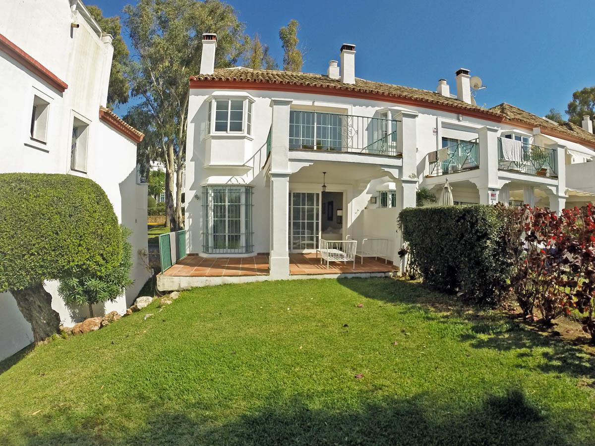 Townhouse, Guadalmina Alta, Costa del Sol. 3 Bedrooms, 3 Bathrooms, Built 142 m², Terrace 45 m².  Se,Spain