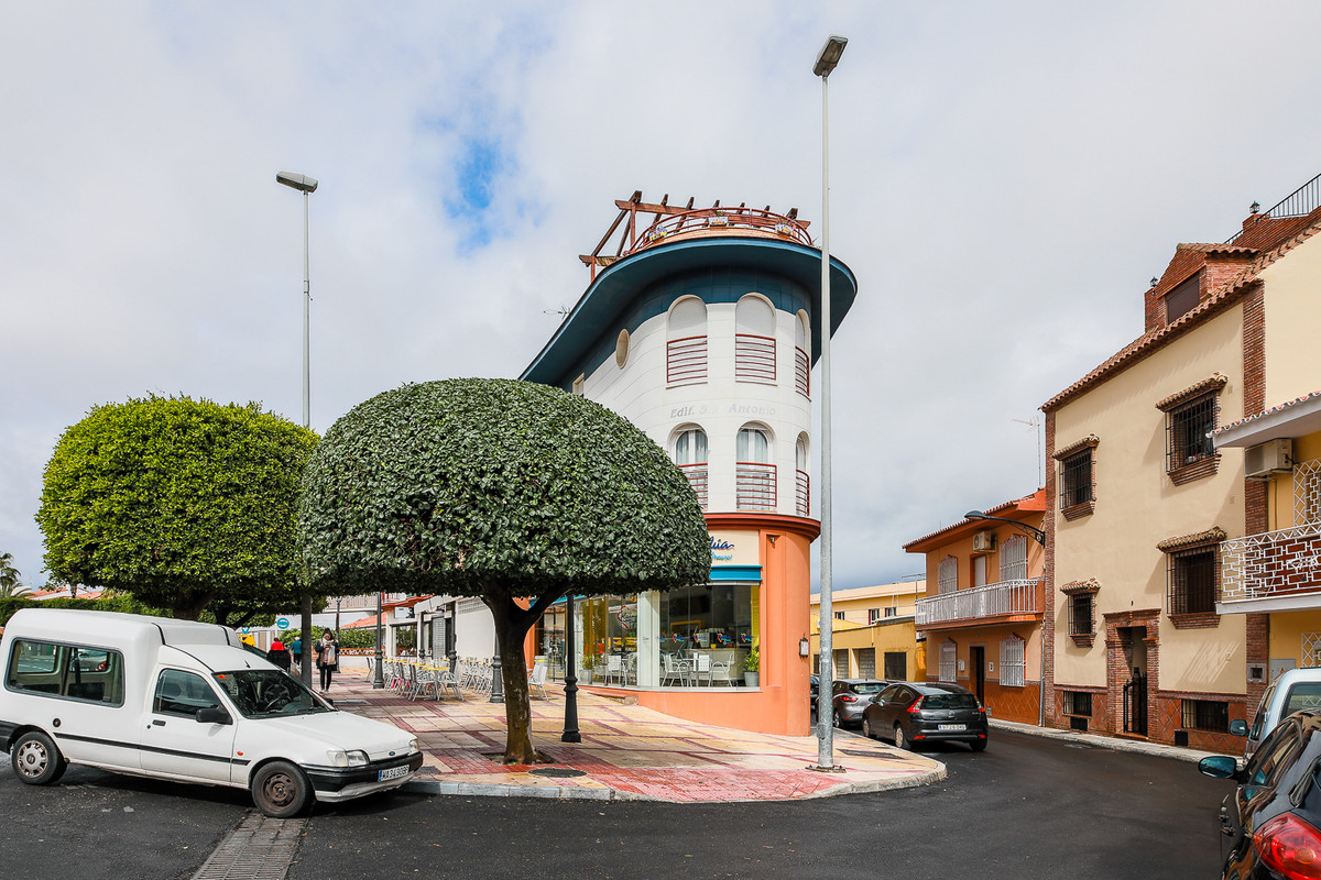 Lejlighed in Alhaurín de la Torre R3143143 8