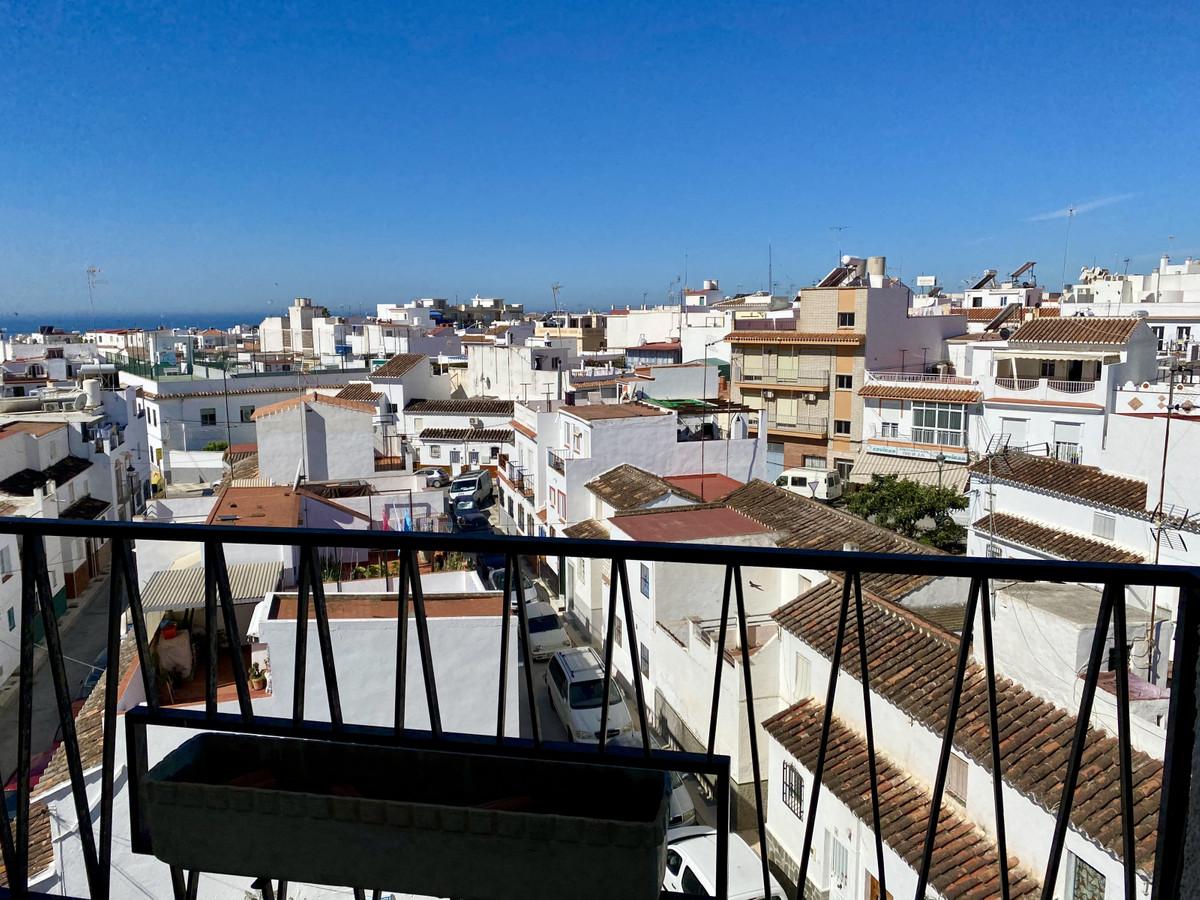 Top Floor Apartment, Nerja, Costa del Sol East. 3 Bedrooms, 1 Bathroom, Built 84 m², Terrace 4 m². F,Spain