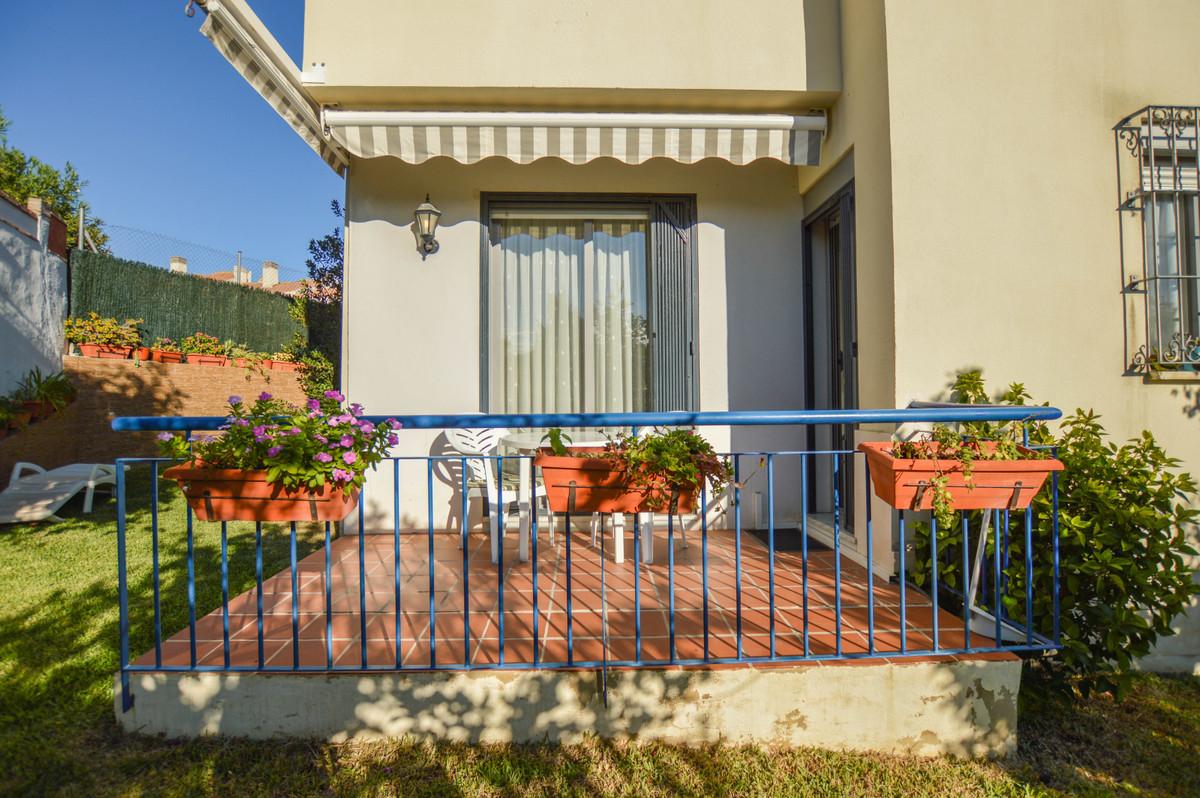 Very well kept townhouse in a perfect location in Torreblanca, Fuengirola, Costa del Sol. 3 Bedrooms,Spain