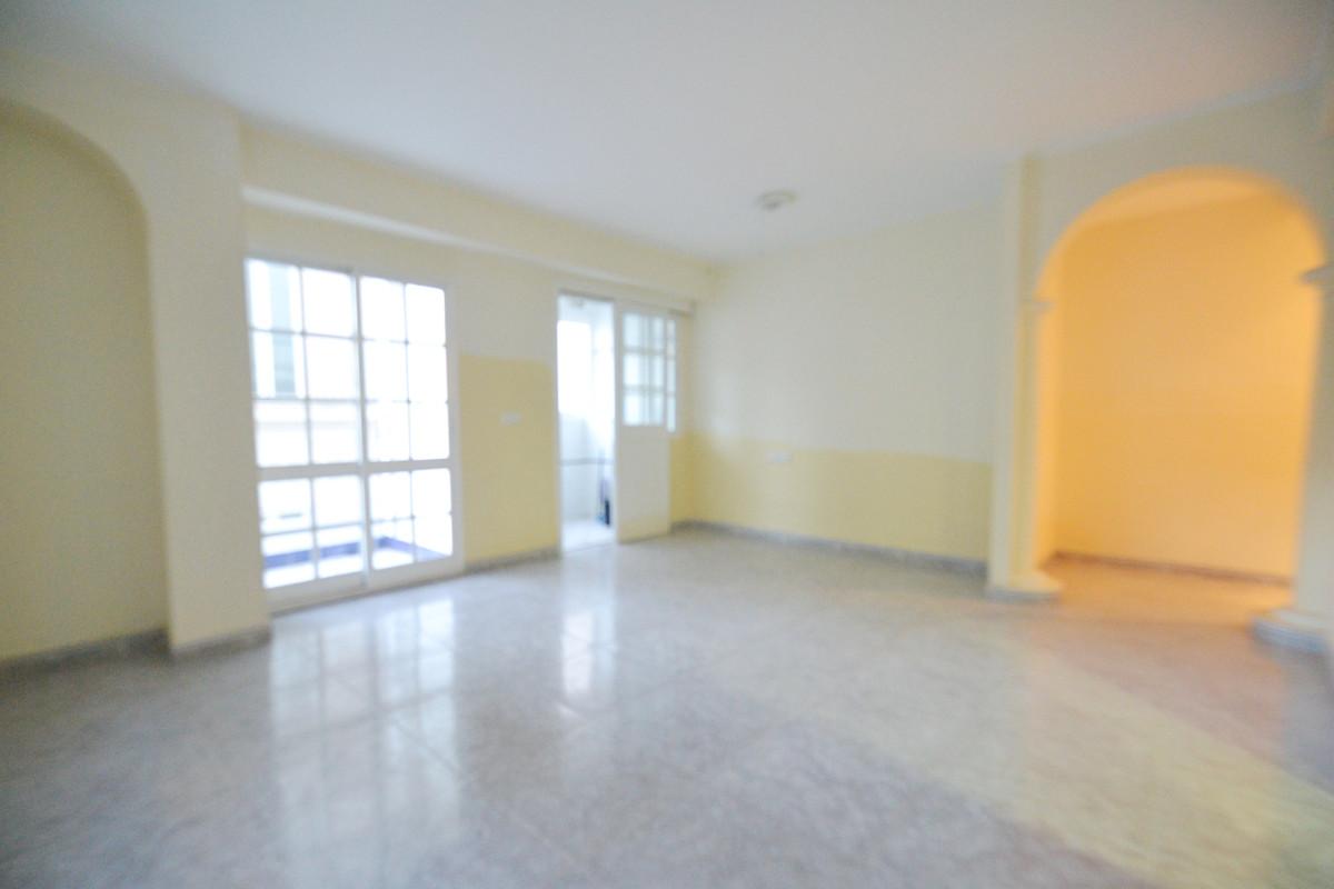Apartamento Planta Media 3 Dormitorio(s) en Venta Alhaurín el Grande