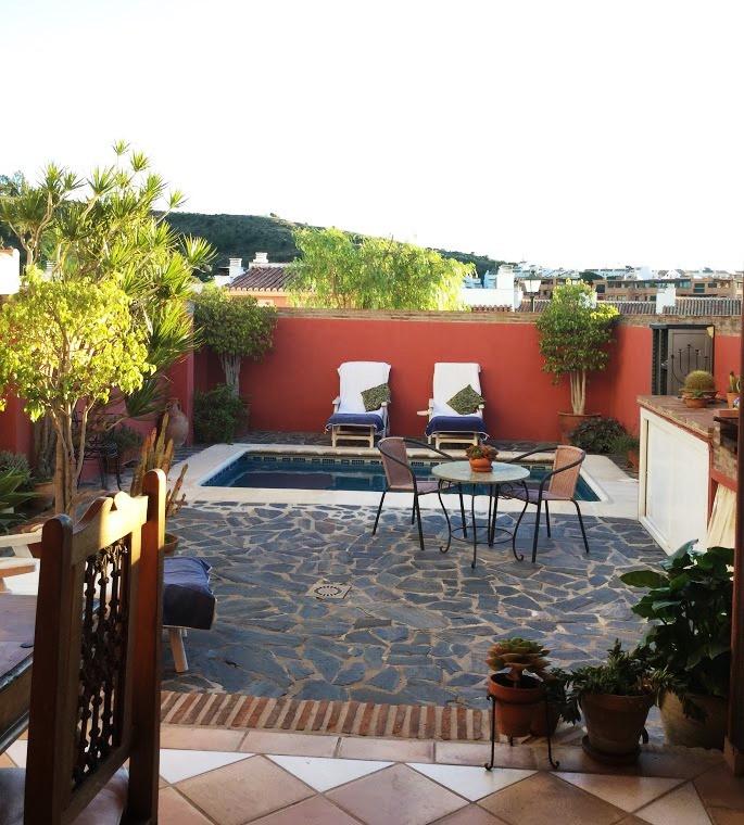 Chalet Adosado  en venta en  Marbella, Costa del Sol – R3116647