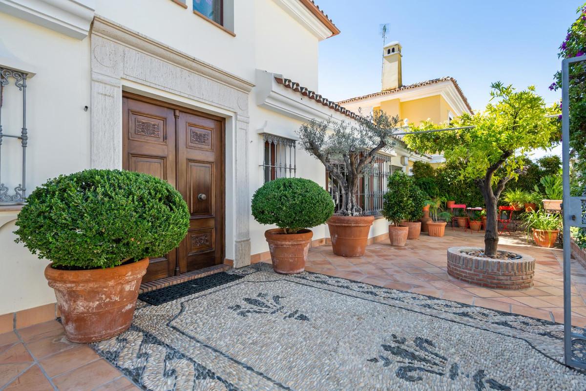 Villa Till salu i Marbella R3266221