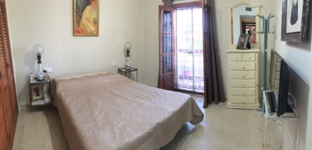 Appartement te koop in El Paraiso R2455859