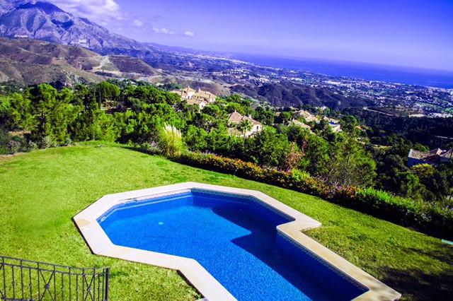 Vrijstaande Villa te koop in La Zagaleta R2874182