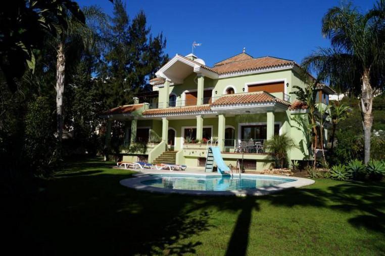 Villa 5 Dormitorios en Venta Bel Air
