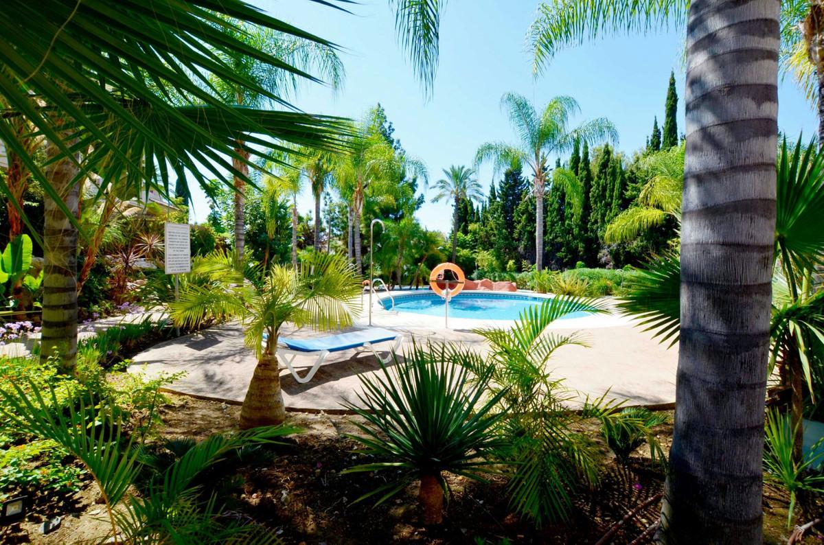 Townhouse, Atalaya, Costa del Sol. 2 Bedrooms, 2 Bathrooms, Built 108 m², Terrace 22 m², Garden/Plot,Spain