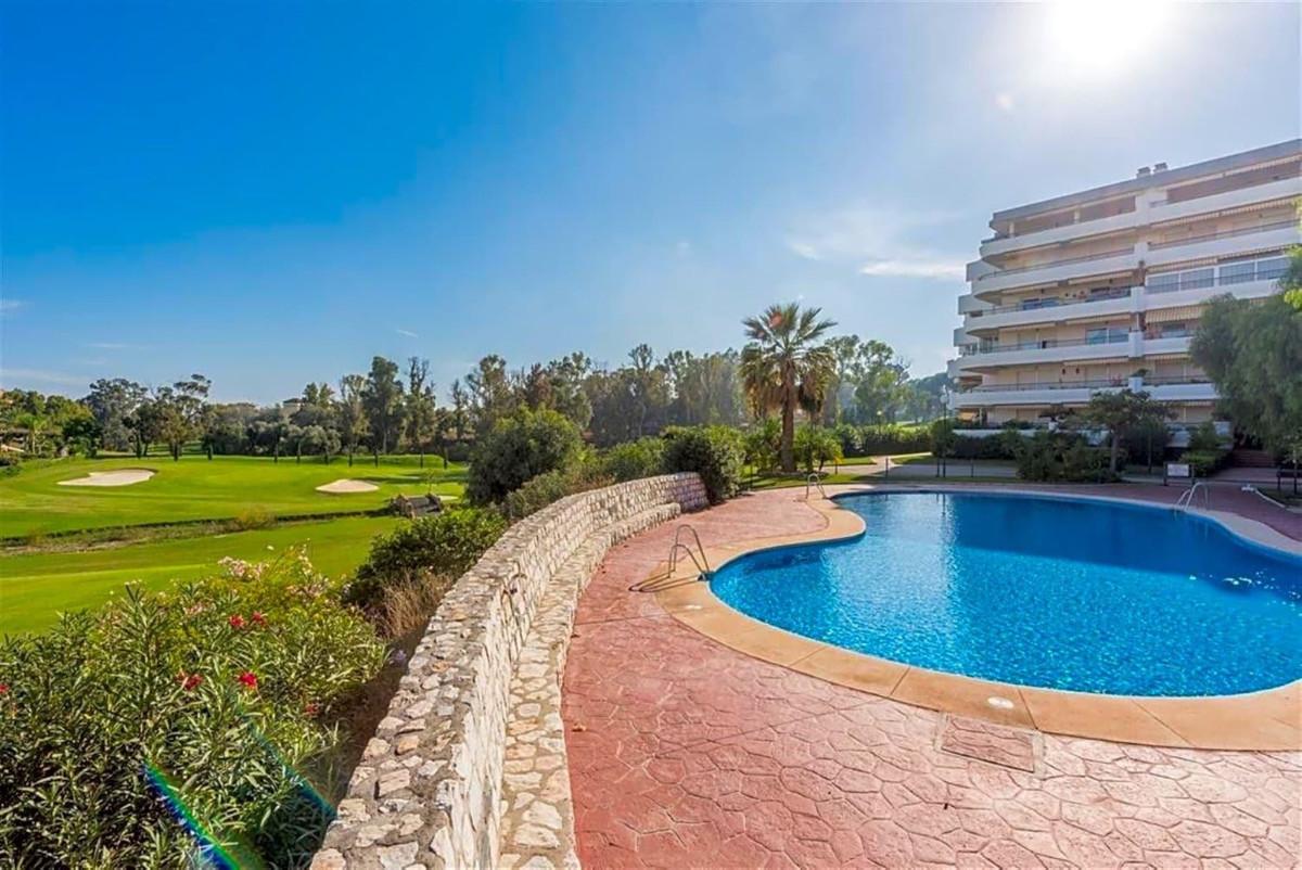 Apartamento  Planta Media en alquiler  en Guadalmina Alta