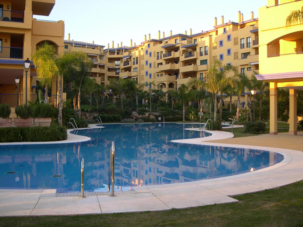 Nice ground floor apartment located in San Pedro de alcantara beach area, walking distance from the ,Spain