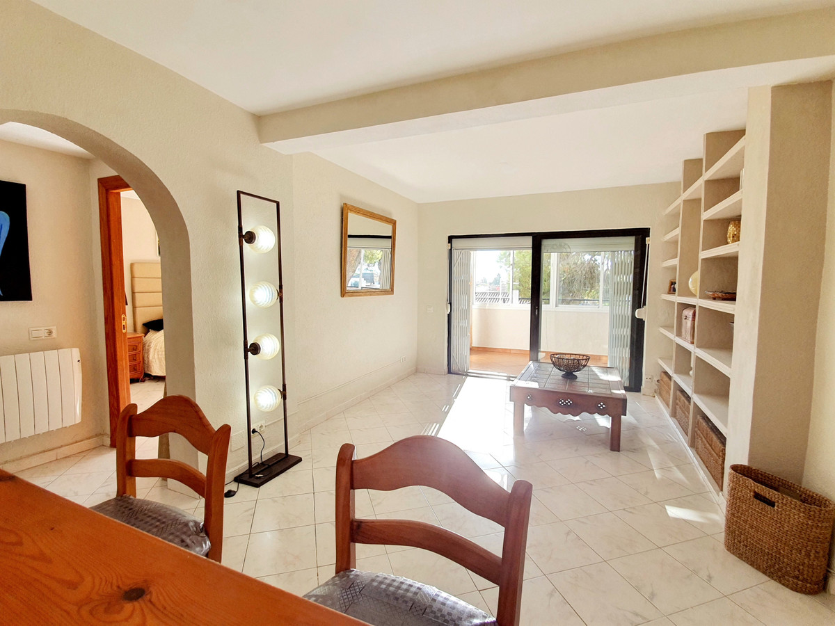 Ref:R3735781 Apartment - Middle Floor For Sale in Marbella