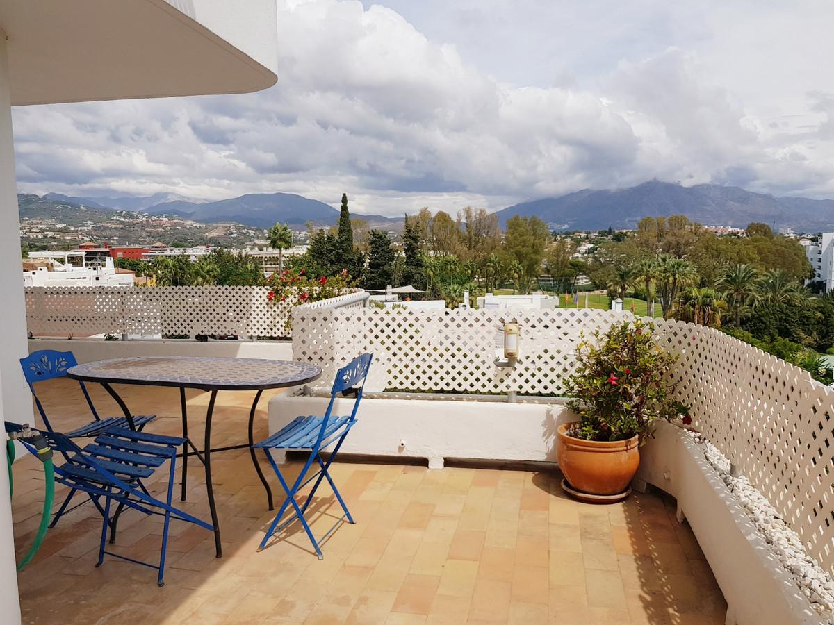 Ref:R3575332 Apartment - Middle Floor For Sale in Guadalmina Alta