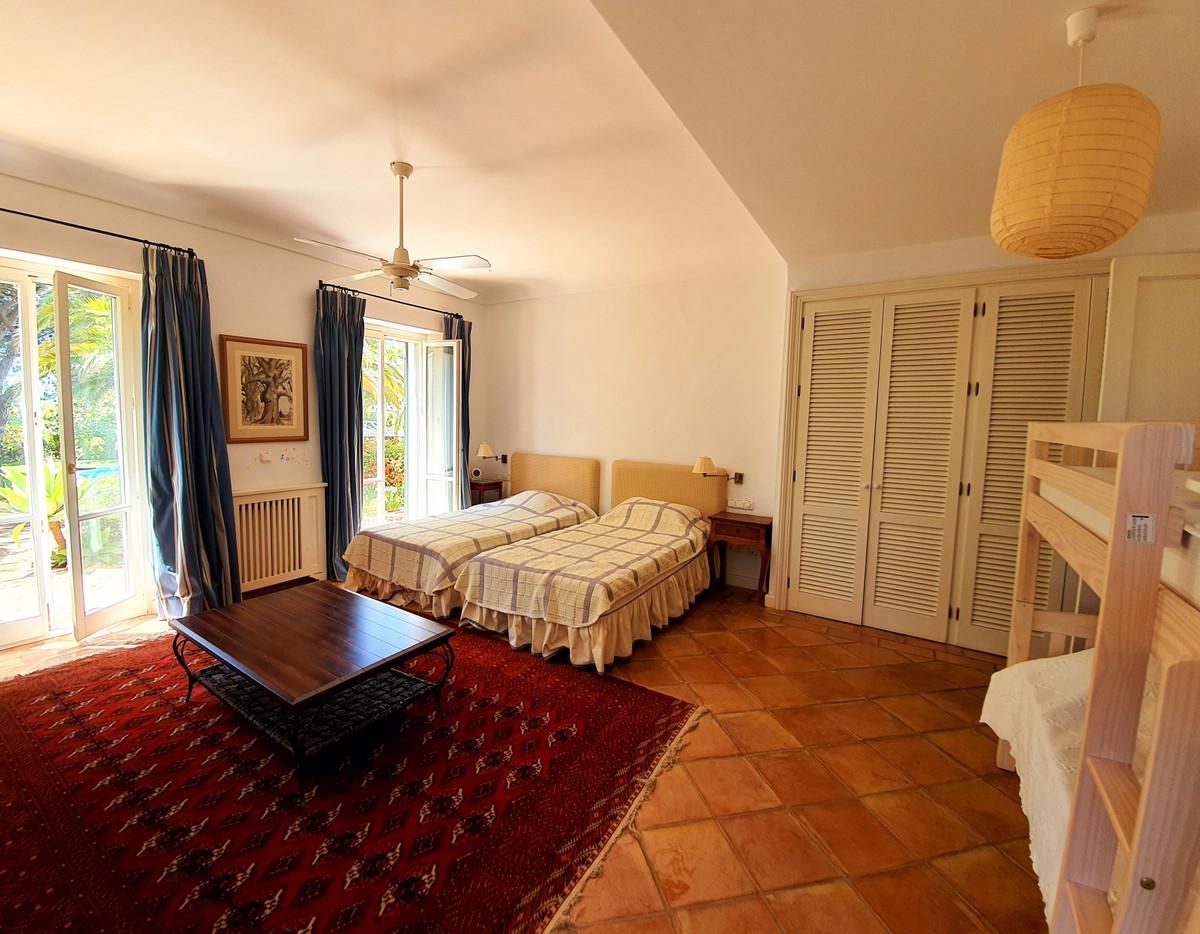 House in Benahavís R3639845 28