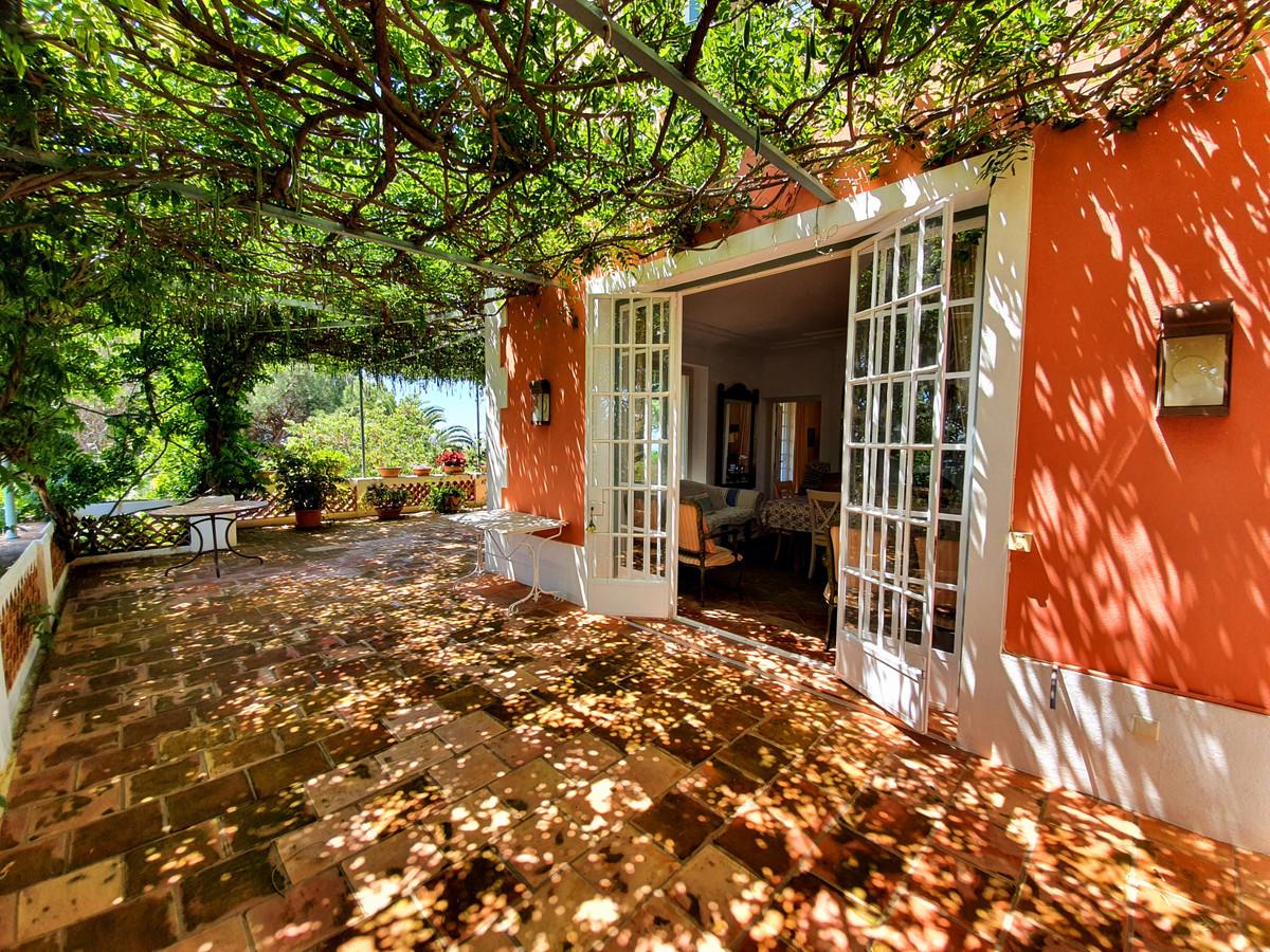 House in Benahavís R3639845 6