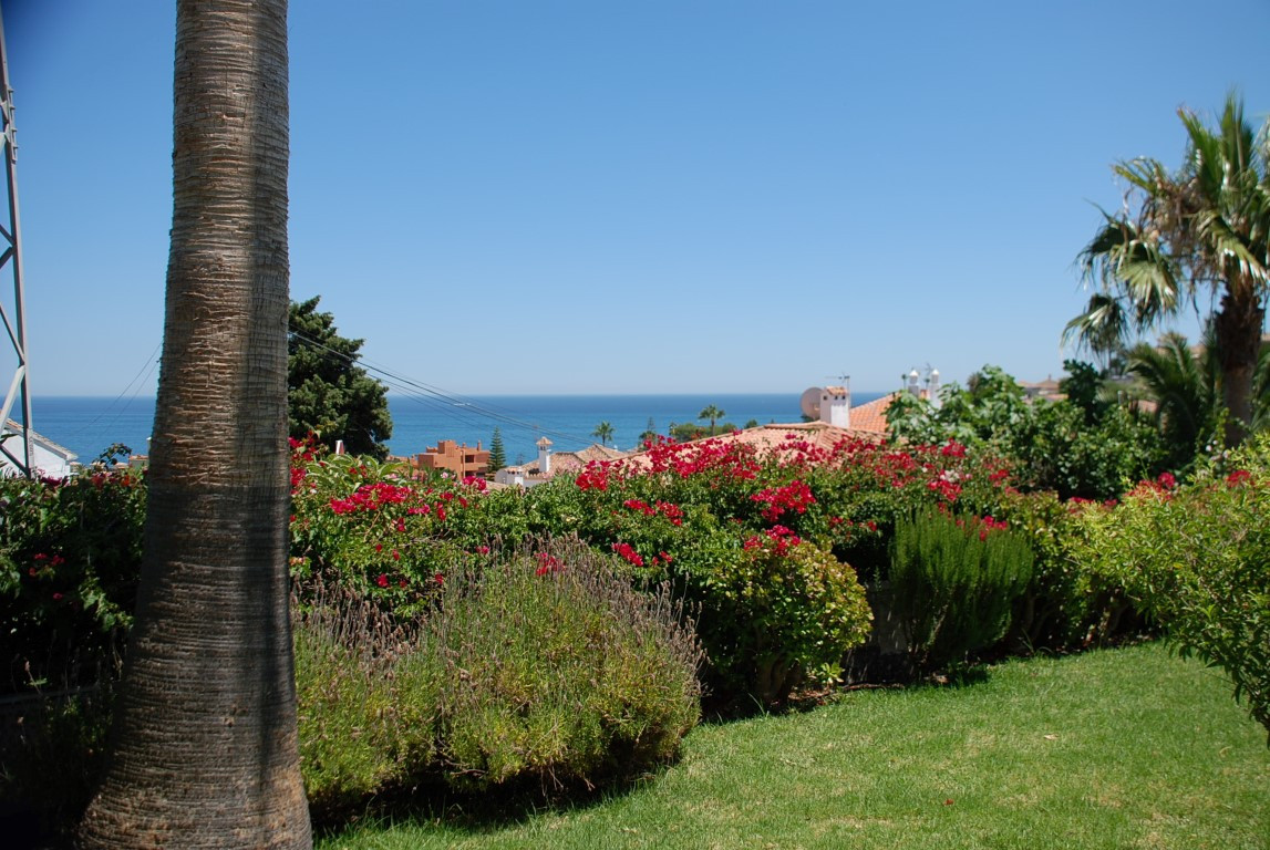 Very nice handicapped accessible house with sea view in a very quiet location. The owners have had t,Spain