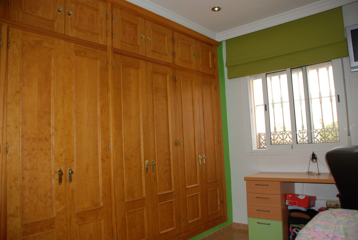 House en Estepona R2598008 31