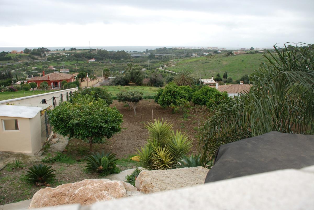 House in Estepona R2598008 58
